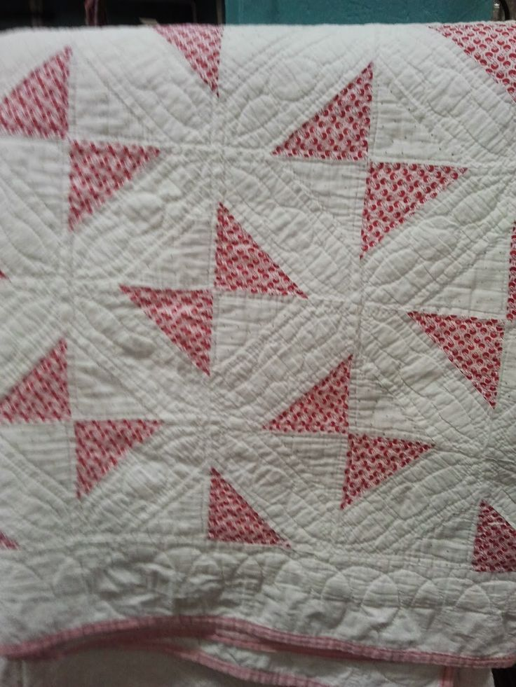 dating vintage quilts Vintage and antique quilts serve as handsome decorating pieces, particularly in older or historical homes if you've found or purchased a quilt, you may.