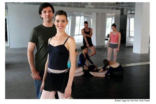 Dance floor and georgia jones   Porn foto)