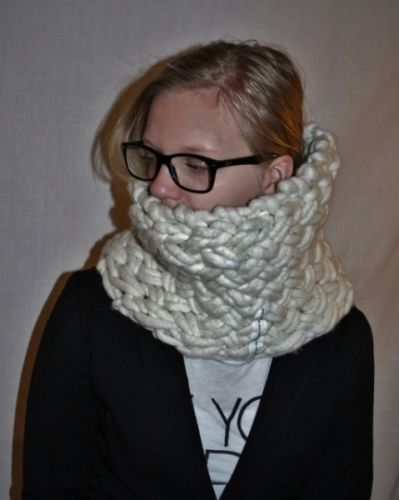 knitted cowl i basketweave-stitch, fat&fluffy merino 100% ecological,  worldwide shipping online shopping! www.min-design-strikk.no