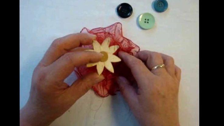 schleifenblumen selber machen schleifen binden diy bows pinterest schleifenblume selber. Black Bedroom Furniture Sets. Home Design Ideas