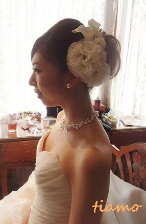 幸せいっぱいの素敵なレストランウエディング♡ |大人可愛いブライダルヘアメイク『tiamo』の結婚カタログ