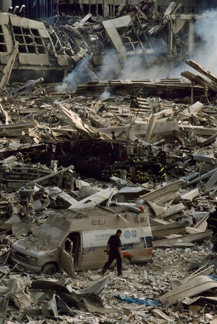 best images never forget and 11 2001 steve mccurry 9 11 neverforget 911 remembering911