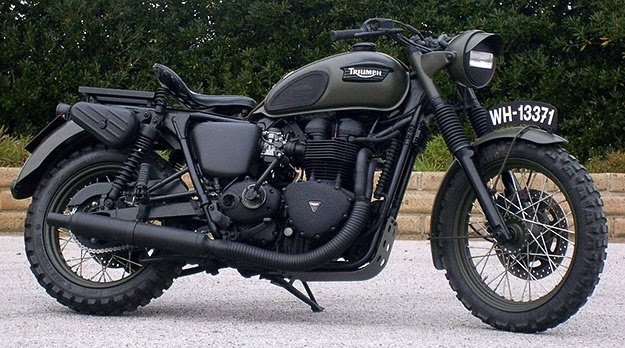 Custom Triumph Bonneville by Drags & Racing
