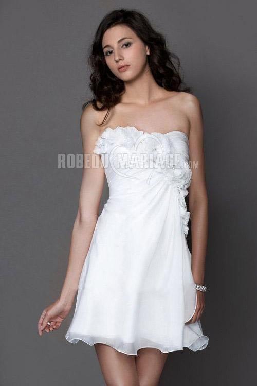 Robe de cocktail pas cher robe pour la rentrée sur mesure Cliquez pour plus détailles sur cette robe :  http://www.robedumariage.com/robe-de-cocktail-sans-bretelle-fleur-plissee-ornee-appliques-en-chiffon-simple-product-7233.html