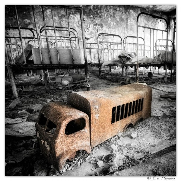 pripyat-tchernobyl-exposition by Eric Heymans