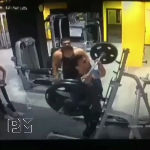 The guy pushes so hard that it went to his head! 😂😂😂 https://video.buffer.com/v/5a44f95a09df6a4758851b72