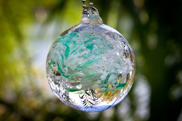 """This lovely 3"""" Teal Memorial Glass Garden ornament is a"""