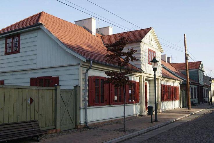 Park Kulturowy Miasto Tkaczy, historyczna dzielnica Zgierza, powstała w latach 1821 - 1830.  #kulturalnełódzkie #Zgierz