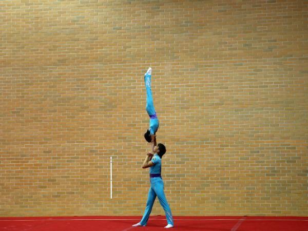 Ginástica Acrobática - Portugal termina Europeus de Ginástica Acrobática com mais duas medalhas.   Portugal conquistou neste domingo duas medalhas de prata nos Europeus de ginástica acrobática, que decorreram em Odivelas, nas categorias de par misto sénior e grupo feminino, contabilizando um total de oito galardões.
