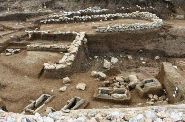 Εντυπωσιακά αρχαιολογικά ευρήματα στην... Αμφίπολη του Πλαταμώνα