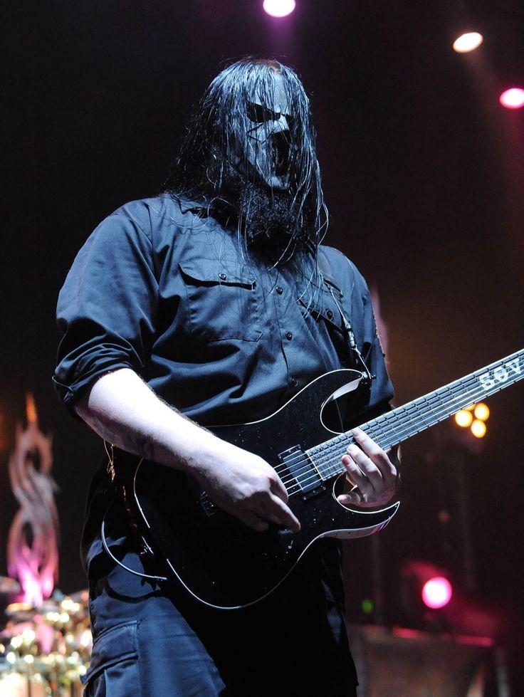 Slipknot Guitarist Mick Thomson Survives Knife Fight With Brother Slipknot #Slipknot