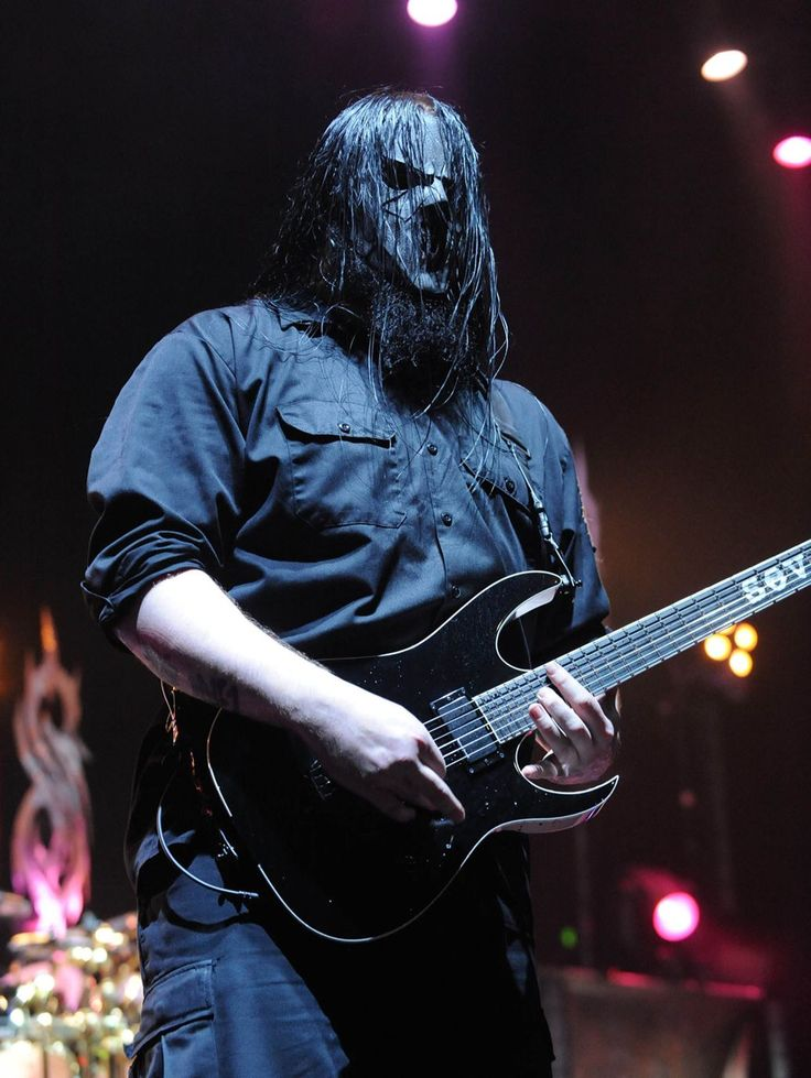 Slipknot Guitarist Mick Thomson Survives Knife Fight With Brother Slipknot #Slipknot