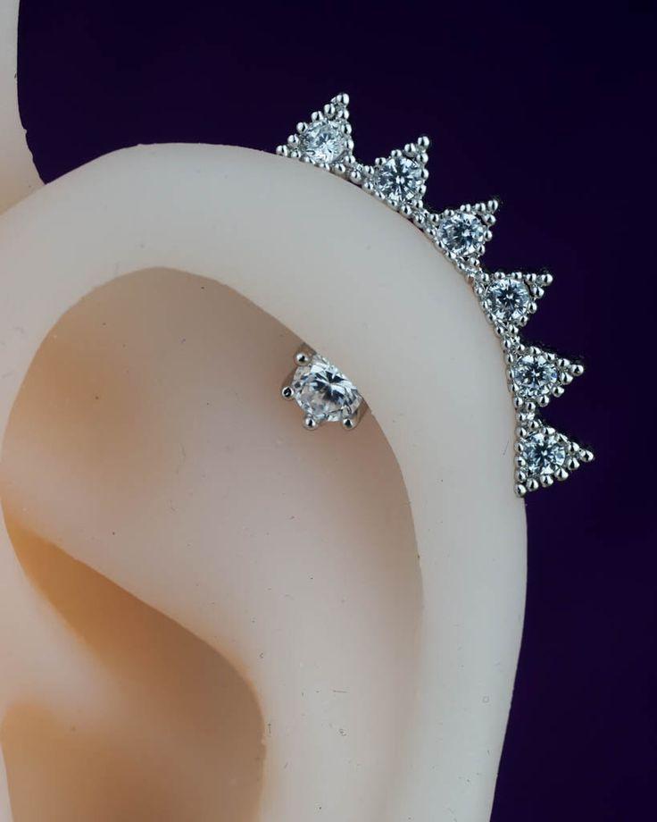 cartilage earring - cartilage piercing - cartilage stud - spike cute unique - silver cartilage earring by CBOstudio on Etsy https://www.etsy.com/listing/243528299/cartilage-earring-cartilage-piercing