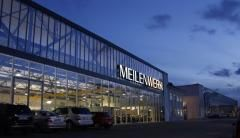 Meilenwerk  Meilenwerk6 / 8 Meilenwerk     In Böblingen, another Stuttgart suburb, the Meilenwerk is heaven for car enthusiasts who want to ogle classic cars, watch restoration processes in the workshops, or rent a classic car for a dream drive.