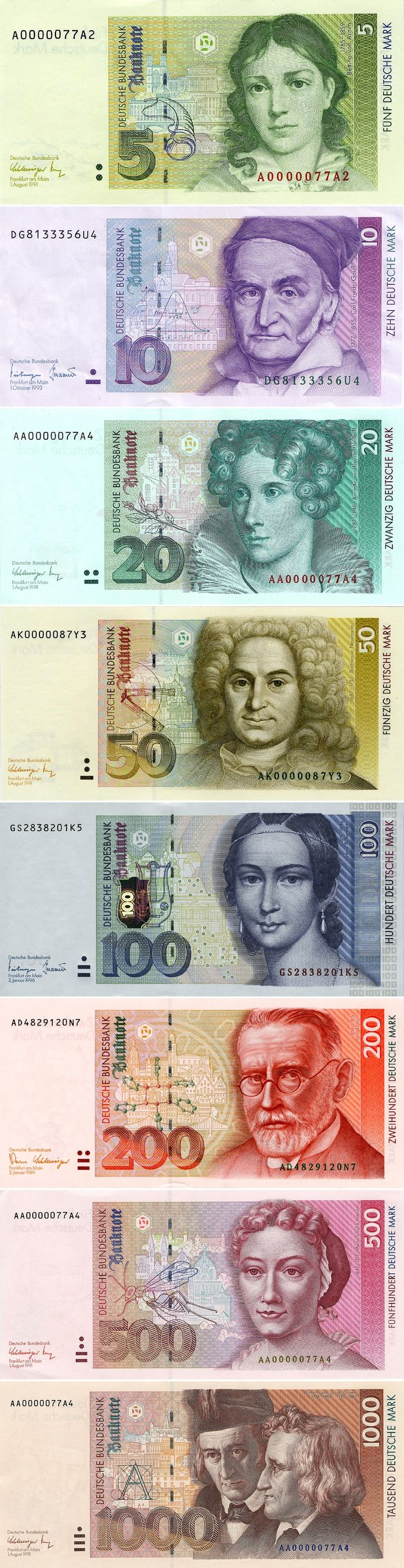 Die wunderschöne Deutsche Mark ! Das waren noch Zeiten I still have them in my house.