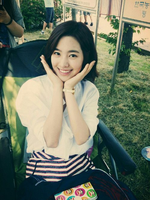 "Jin Se Yeon on the ""Doctor Stranger"" set"