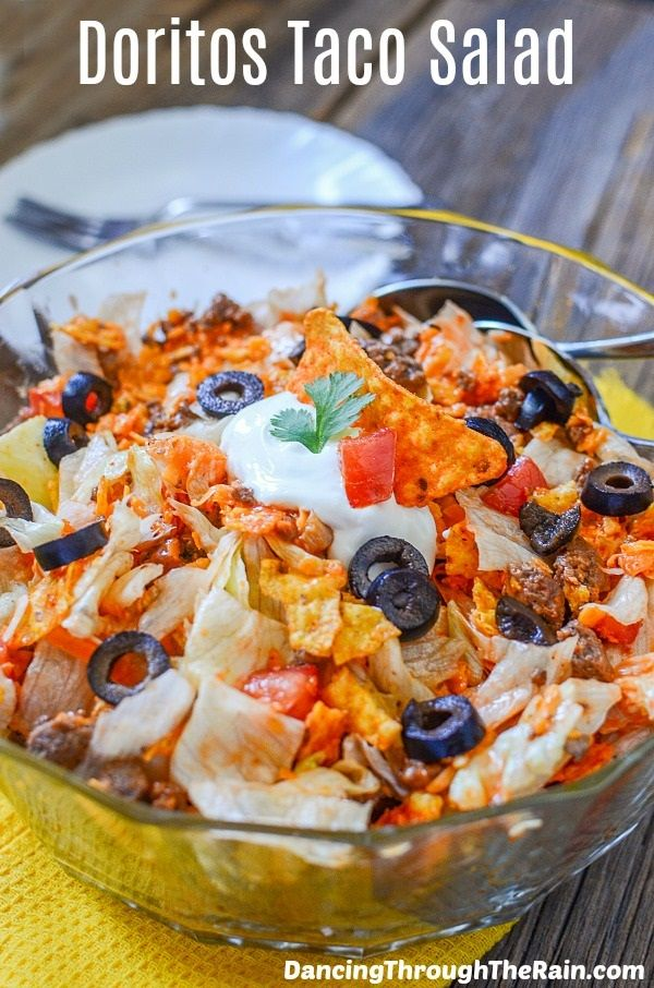Taco Salad With Doritos - This Taco Salad with Doritos is super easy and delicious all time of year! Make this recipe or change it up to your preferences!