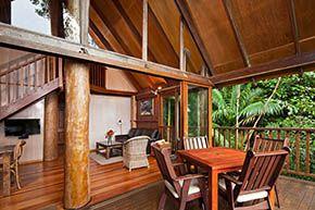 Cockatoo Treehouse balcony