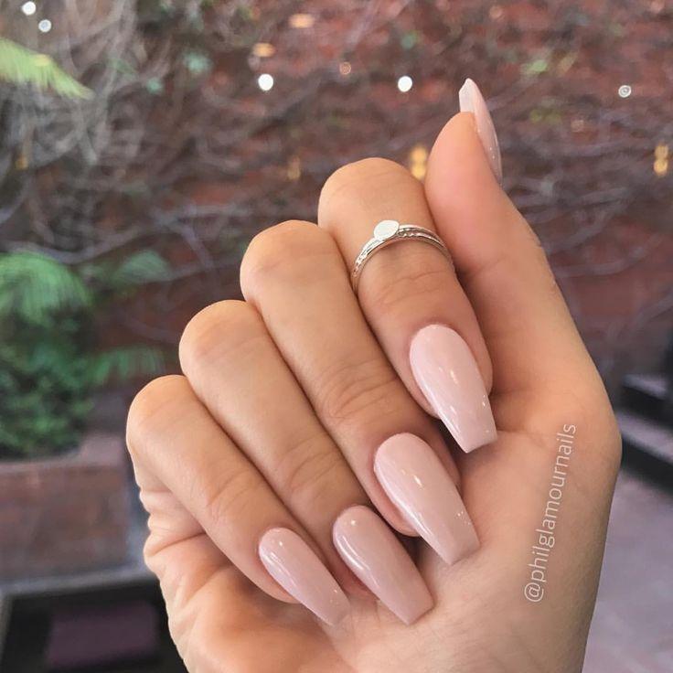 Love Naked # Nails #Fabulous #Neildesigns Crystal Lee # Thumbnailsonfleek #be – nails
