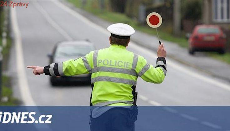 Večer policisté zakázali řidiči pod vlivem jízdu, ráno jel zase opilý