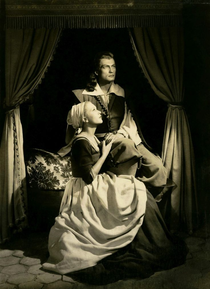 "Josette Day and Jean Marais in ""La Belle et la Bête"" (Jean Cocteau, 1946)"