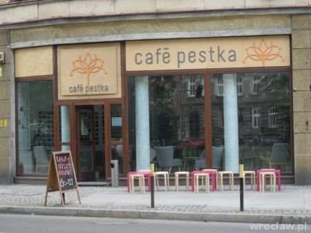 Cafe Pestka // Świętego Wincentego 45