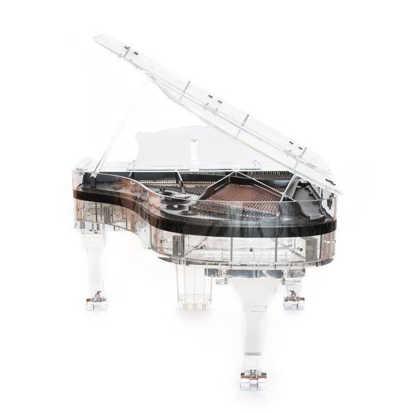 La Dulzura del Diseño y la Artesanía del Sonido por Crystal Pianos