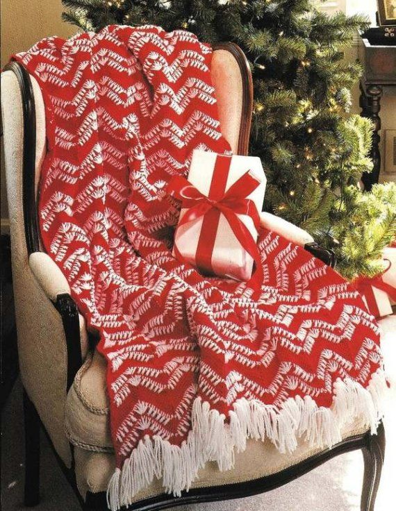 Christmas Afghan Knitting Patterns : 72 best Crochet Christmas Afghans/Throws/Pillows images on Pinterest Croche...