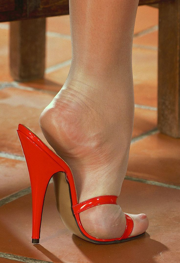 Nothing wrong hot jizx on sexy feet high heels vids are