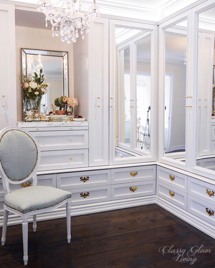 Dressing room walk in closet mirror cabinet doors