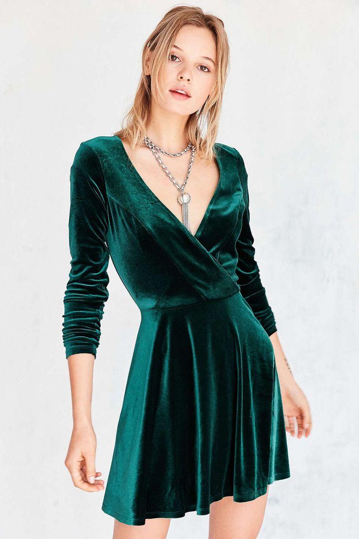 Kimchi Blue Iris Velvet Surplice Mini Dress Green Velvet