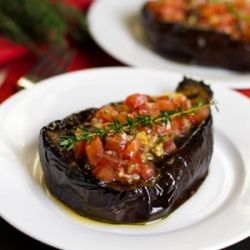 baked eggplant stuffed with tomato & thyme salsaStuffed Eggplants, Recipe Eggplants, Thyme Salsa, Baking Eggplants, Eggplants Recipe, Salsa Recipes, Eggplants Stuffed, Paleo Baking, Food Drinks