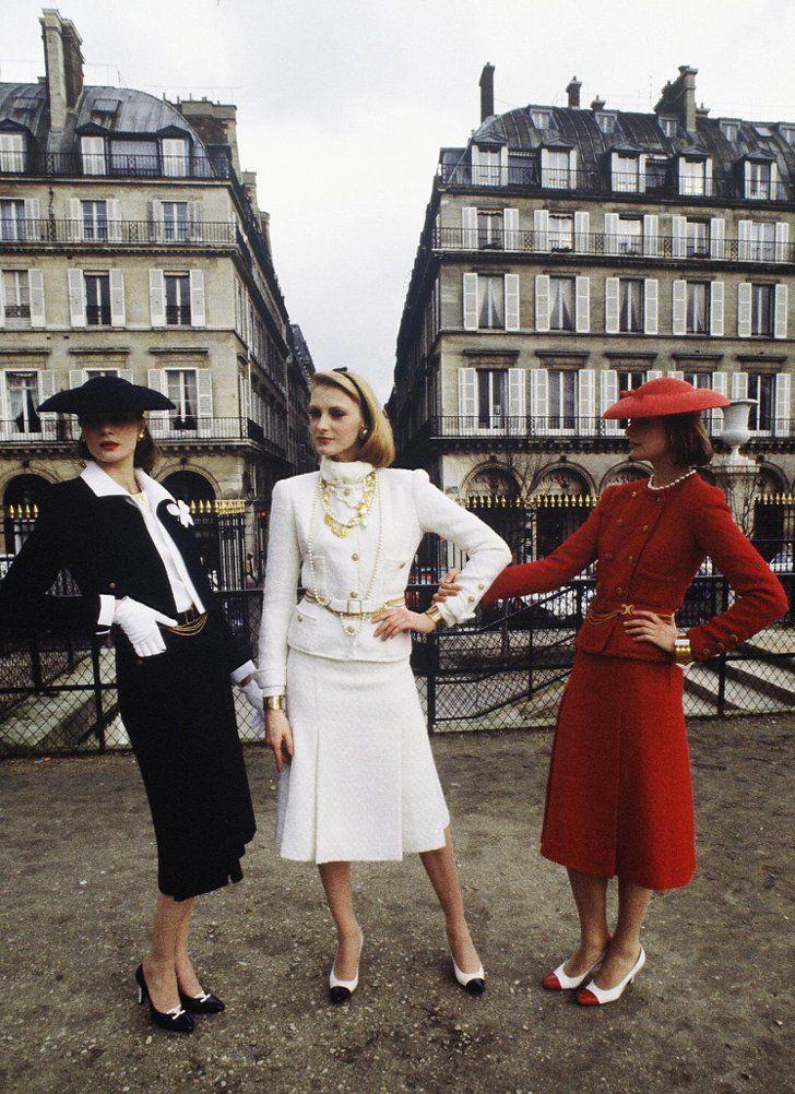 Pin for Later: 13 Fakten, die ihr wahrscheinlich noch nicht über Chanel wusstet . . . und ihrem Hosenanzug Der Look bestand in der Regel aus zwei oder drei Teilen und wurde im frühen 20. Jahrhundert zu einer der beliebtesten Silhouetten.