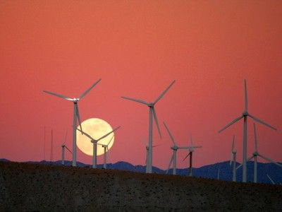 North America to Add 400,000 Megawatts of 'Smart' Energy By 2015