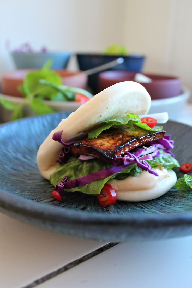 Vegetarisk Bao Bao med hoisin tofu & grønt