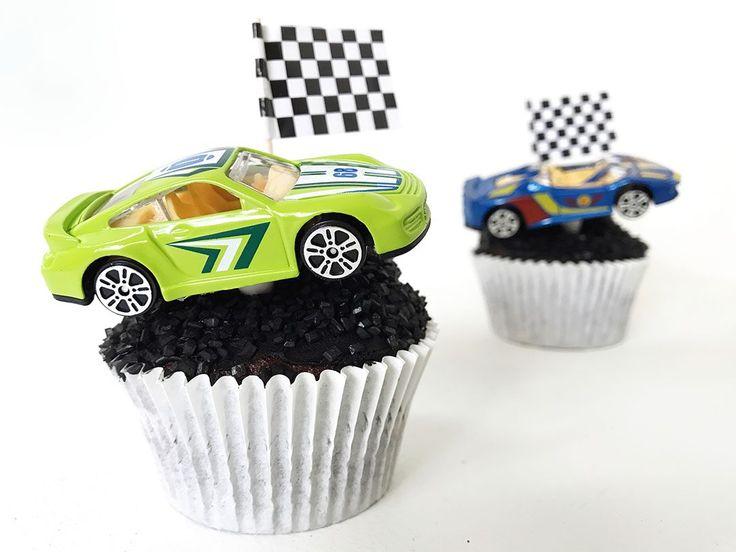 Traktatie maken: race auto cupcakes