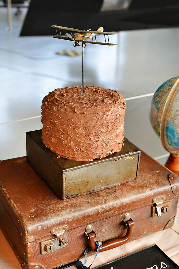 Un adorno encantador para una fiesta aviones / A charming cake decoration for an airplane party