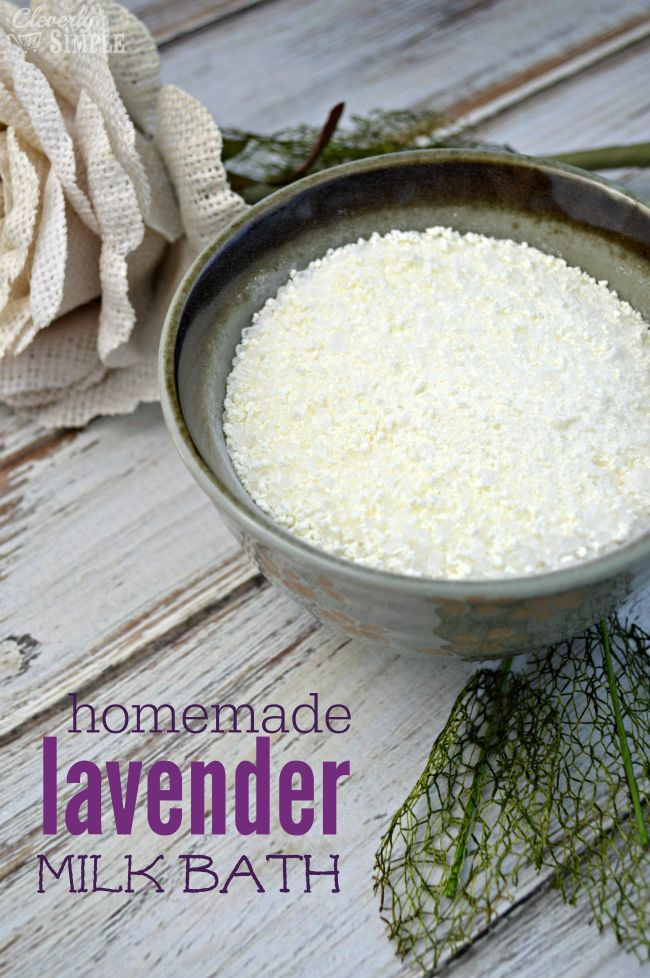 Ever wonder how to make your own milk bath?  Here's a tutorial on how to make lavender milk bath for you or for a gift.  It's so easy!