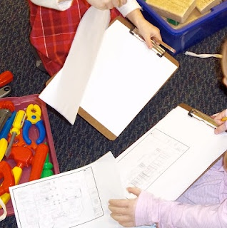 Drawing up plans and measurements in block play