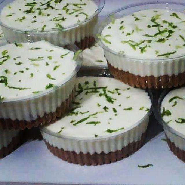 Mini Tortinhas de Limão no Potinho - myTaste.com.br