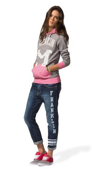 ADD A BIT OF VARSITY ATTITUDE TO YOUR LOOK! WEAR A CLASSICAL VARSITY SWEATSHIRT OVER THE NEW BOYFRIEND STRETCH DENIM PANTS WITH STENCIL PRINT. #franklinandmarshallofficial #franklinandmarshall #womenswear #ss15