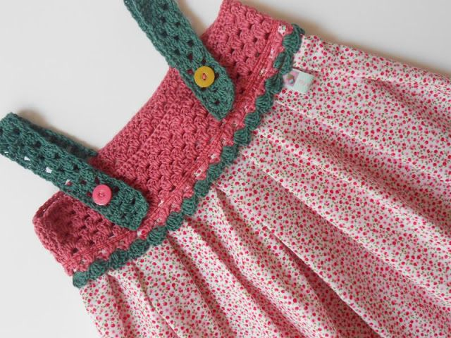girl dresses made ??of fabric and crochet