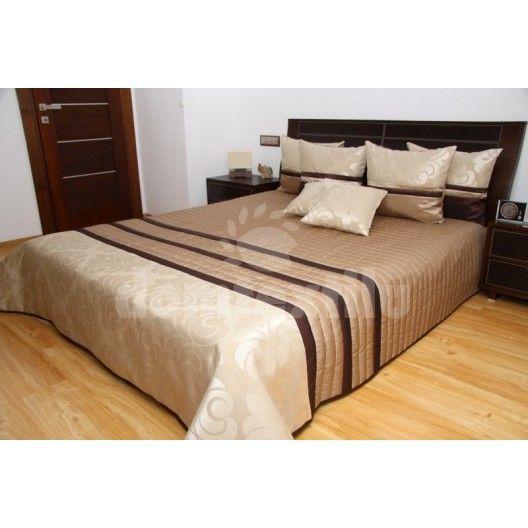 Prehoz na manželskú posteľ svetlo hnedej farby s pruhovaným motívom