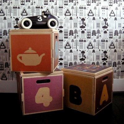 ISAK Tingleby wallpaper -Scandinavian design brand creating retro home accessories