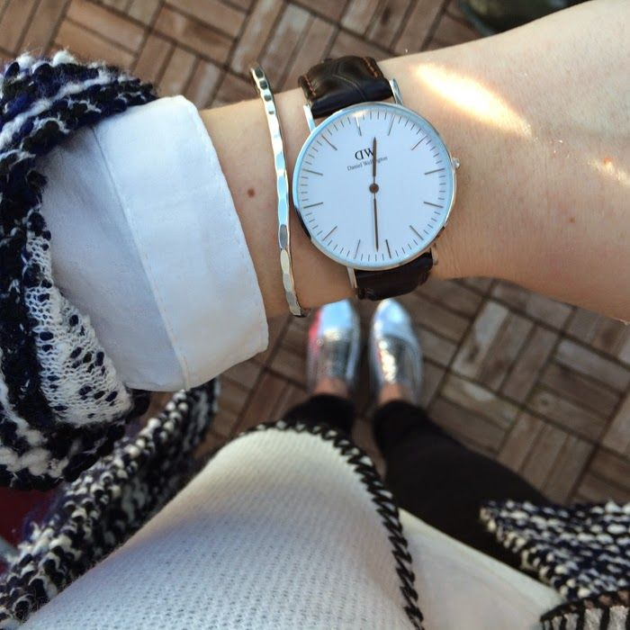 casual weekend outfit   silver and grey   Daniel Wellington