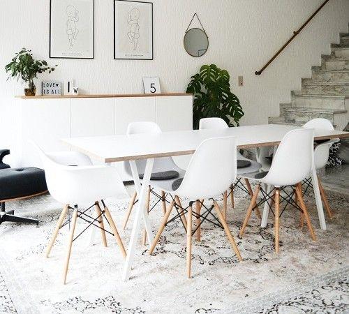 mooie combi perzisch tapijt en moderne kuipstoelen met witte tafel