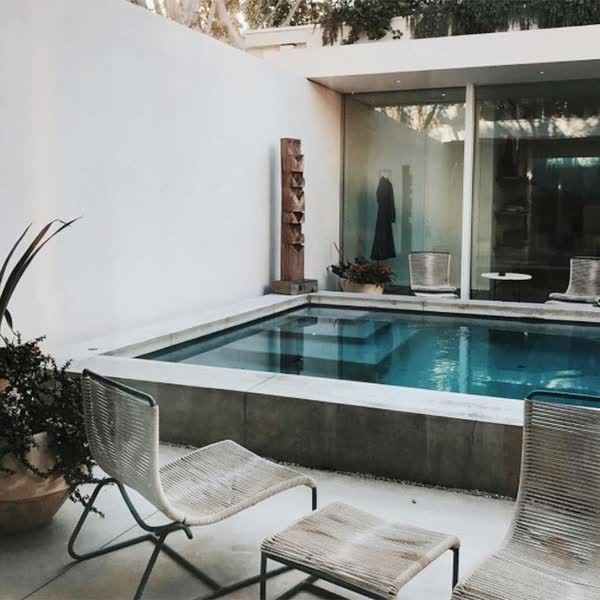 La nueva casa de Aimee Song de 'Song of Style'    #revolucionONLYONE #sumatealcambio +Info: 936386432 www.onlyone.casa    http://qoo.ly/eupy6