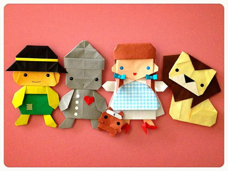 The Wizard of Oz Origami :3  We're not in Kansas anymore!