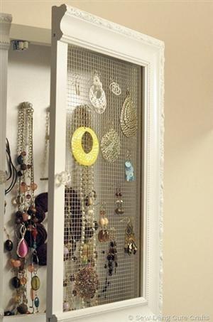 DIY Jewelry Cabinet: Jewelry Cabinets, Ideas, The Doors, Jewelry Storage, Diy'S, Frames, Diy Jewelry, Medicine Cabinets, Jewelry Organizations