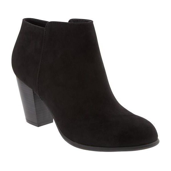Old Navy Sueded Ankle Boot ($43) ❤ liked on Polyvore featuring shoes, boots, ankle booties, ankle boots, black, black boots, black ankle boots, suede booties and short black boots